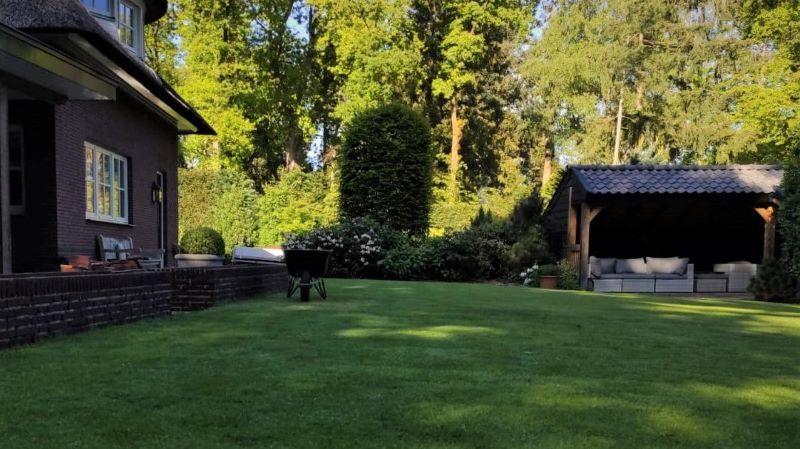 hovenier-tuin-aanleg-metselwerk-gras-aanleggen